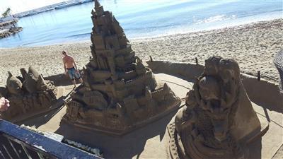 Kunstwerken in Marbella strand Boulevard