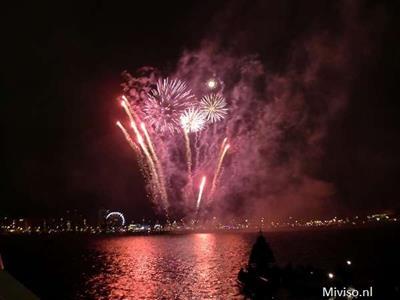 vuurwerk tijdens sail 2010